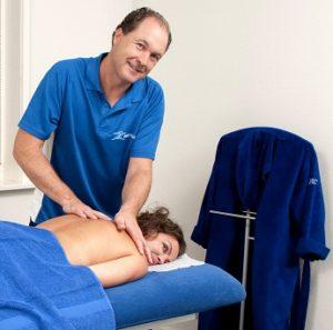 Pure ontspanning van nek en schouders, een ontspanningsmassage brengt diepe rust en geeft een energie boost.